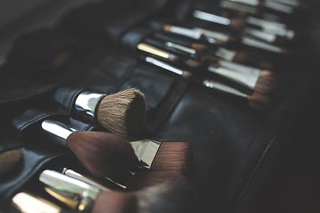 black handled makeup brush set