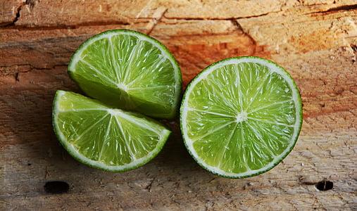 green sliced lemon