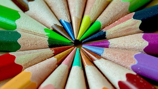 coloring pencil arrange in circle