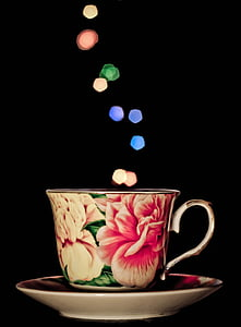 floral tea cup on the saucer
