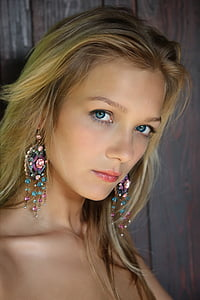 portrait photography of blonde haired woman with blue eyes