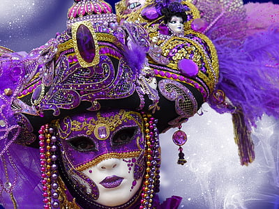 purple and gold-colored mask