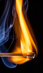 close-up photography of match stick flame