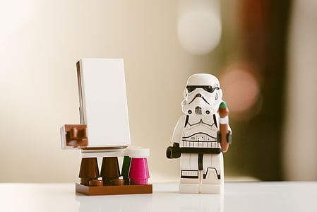 Star Wars Stormtrooper figurine