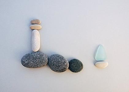 white and black stones