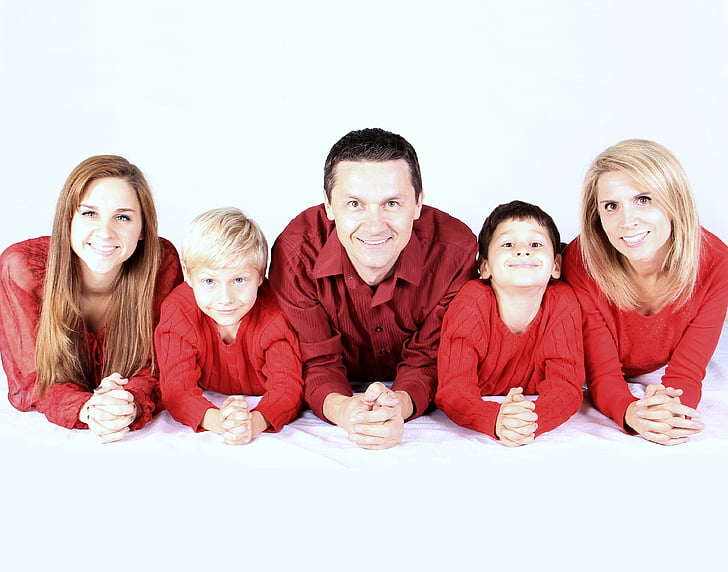 family picture in red tops