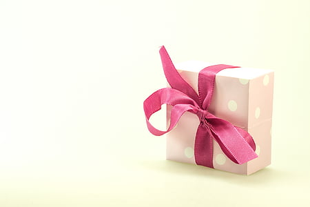 pink box with ribbon