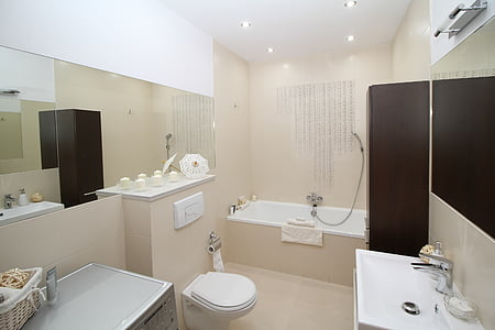 bathroom set photo