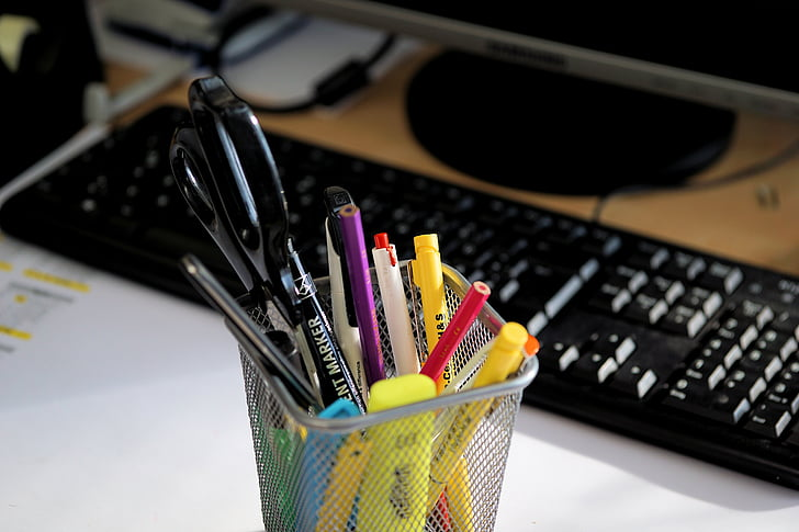 Royalty-Free photo: Assorted-colored pen lot | PickPik