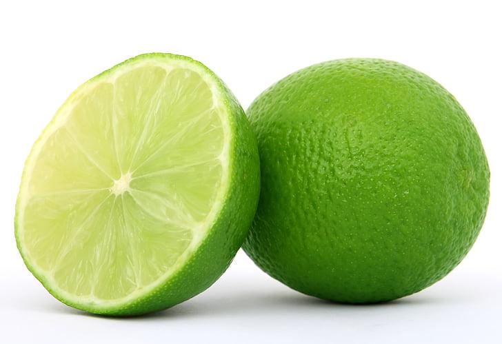 sliced green lime