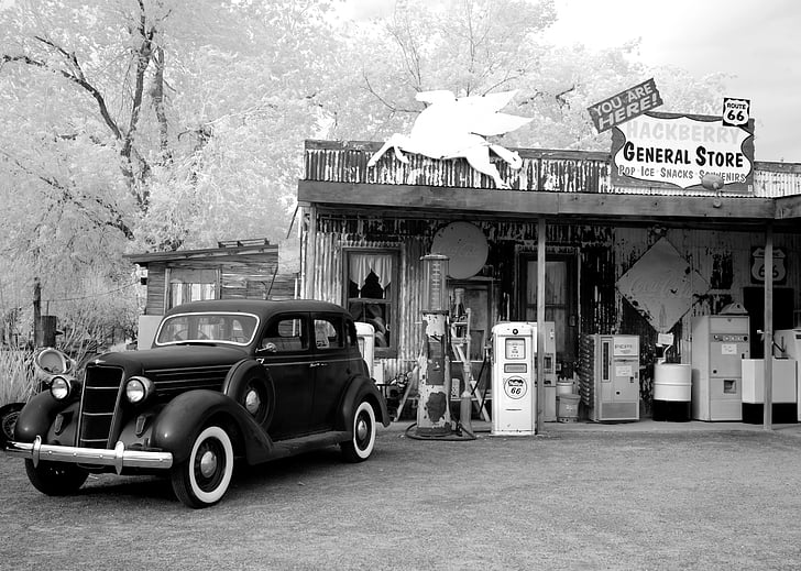 vintage car in grayscale photography