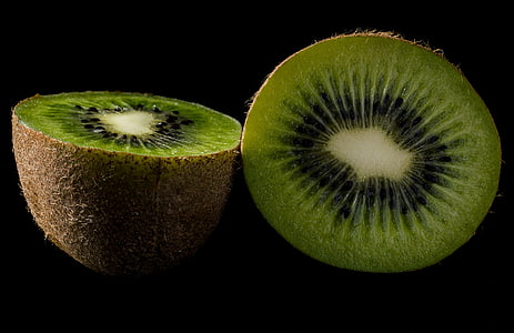 kiwi fruit on focus photo