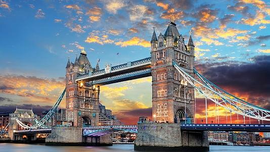 landscape photograph of Tower Bridge, London